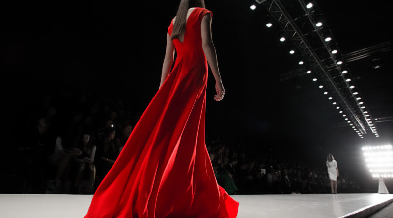 Mercedes-Benz Fashion Week Russia 2019 — прямая трансляция